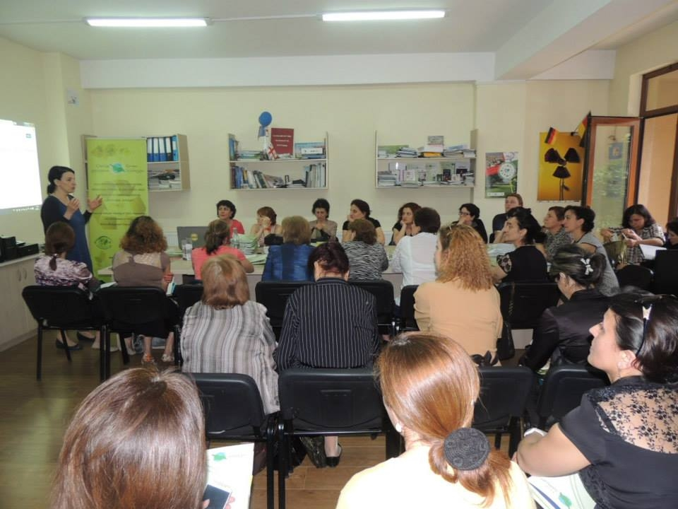 Meetings with Kindergartens representatives about waste
